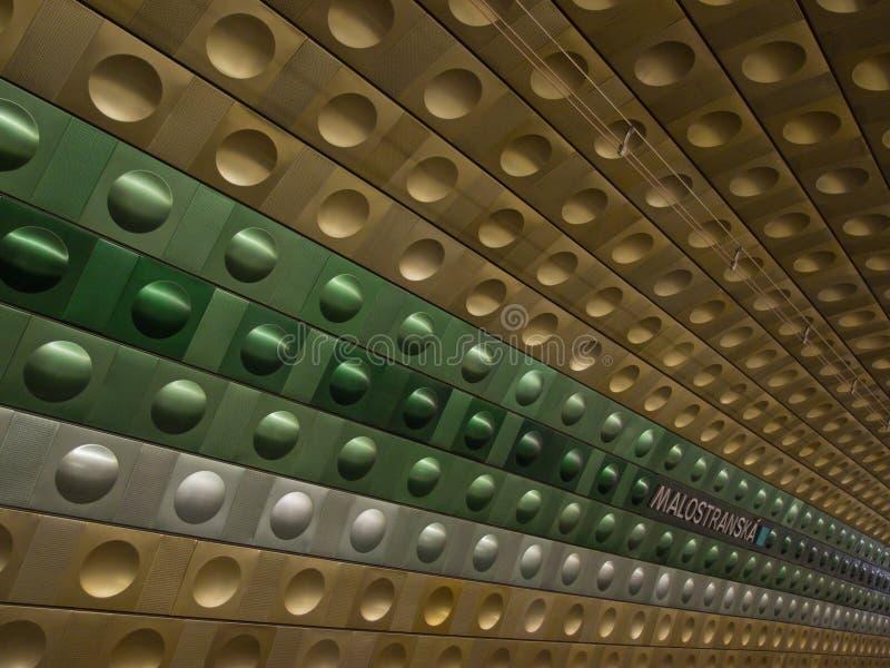 Metrostation i Prague arkivfoton