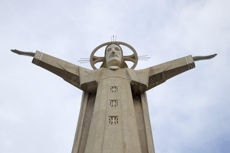 30 metrowa rzeźba jezus chrystus na górze Nyo Vung Tau, Wietnam zdjęcie royalty free