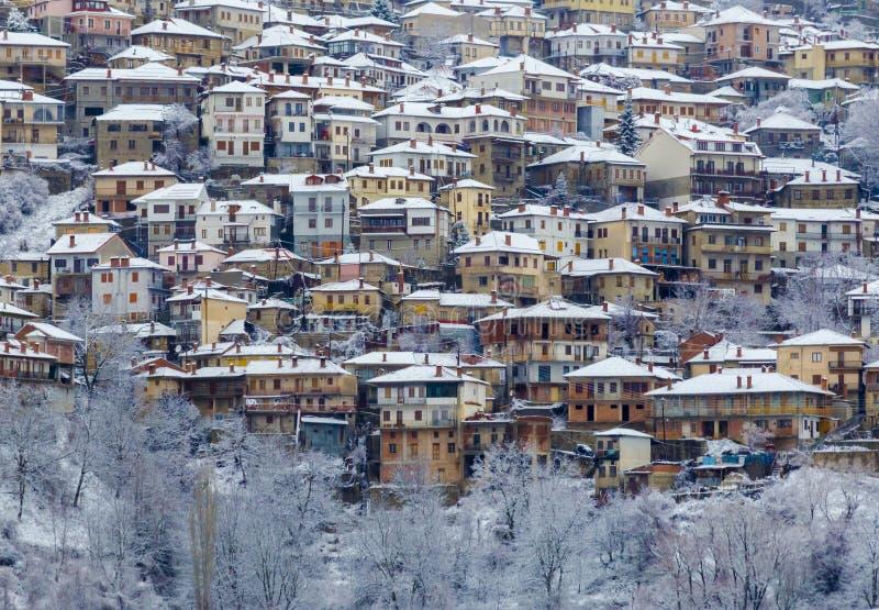 Metsovo Ioannina Grecia, nevando foto de archivo