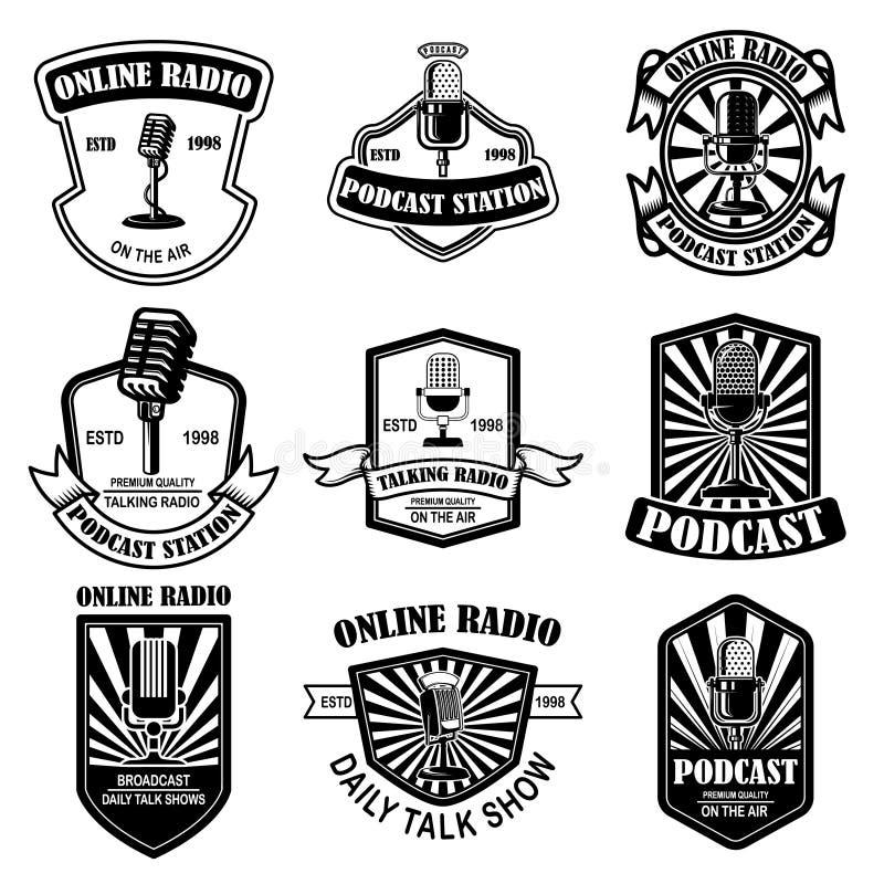Metta del podcast d'annata, emblemi radiofonici con il microfono Elemento di progettazione per il logo, etichetta, segno, distint royalty illustrazione gratis