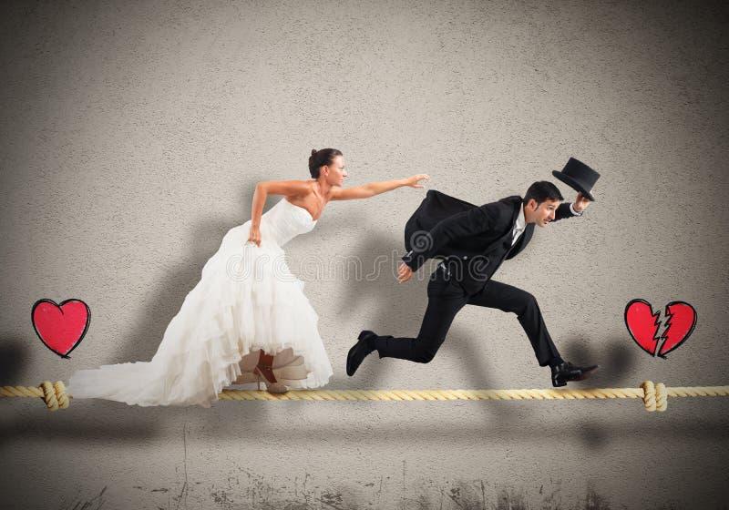 Metta in scena un matrimonio guastato immagine stock libera da diritti