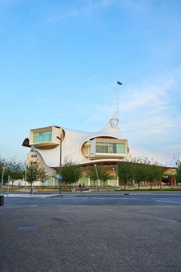 Metz/la más magnífico/Francia junio de 2018: Centro Pompidou-Metz, Francia El edificio es un museo de los artes modernos y contem foto de archivo