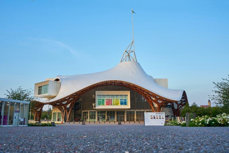 Metz/più grande/Francia giugno 2018: Centro Pompidou-Metz, Francia La costruzione è un museo di moderno e di arti contemporanee,  immagini stock