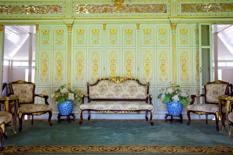 Meubilair in paleis royalty-vrije stock foto