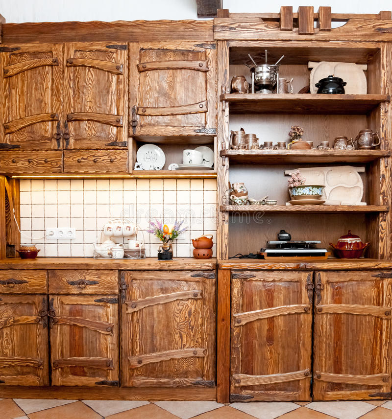 Meubilair voor keuken in de stijl van het land stock fotografie