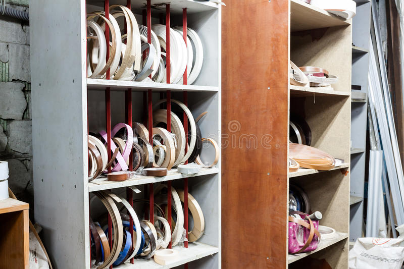 Meubilairranden op timmerliedenworkshop stock foto