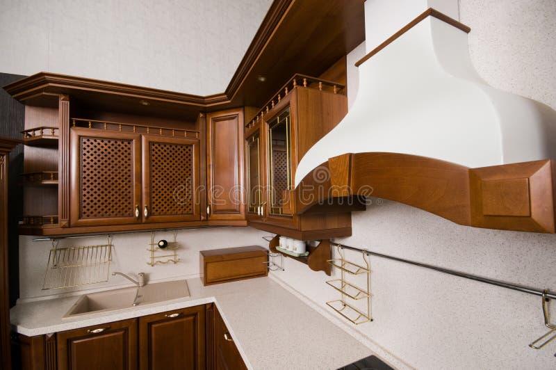 Meubles à la maison de cuisine. image libre de droits