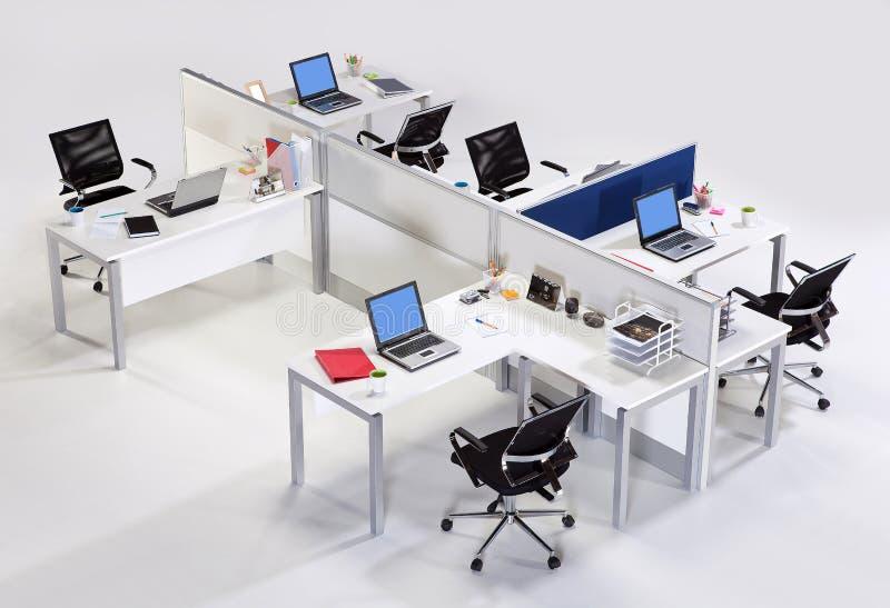Meubles de bureau sur un fond blanc photos libres de droits