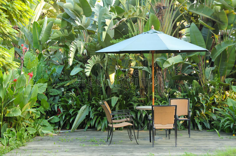 Meubles de jardin image libre de droits
