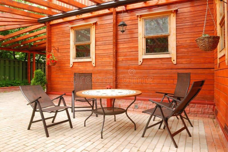 Meubles de patio photographie stock