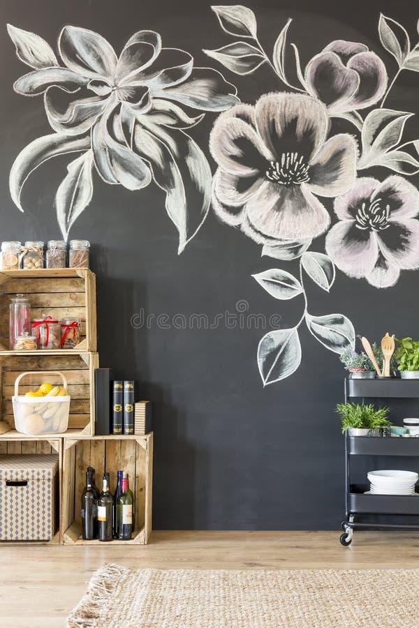 Meubles et tableau noir de caisse de DIY images stock