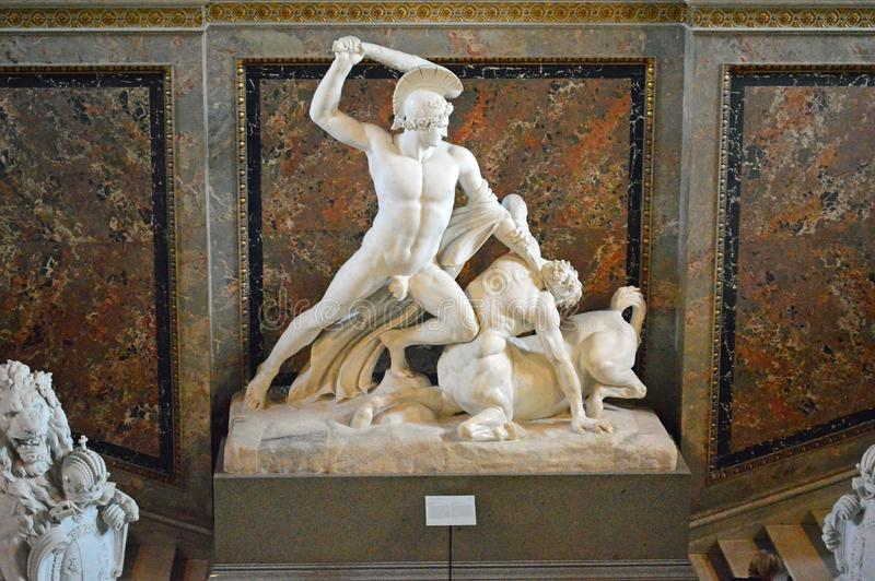 Meurtre de Theseus un centaure, sculpture - Antonio Canova photos stock
