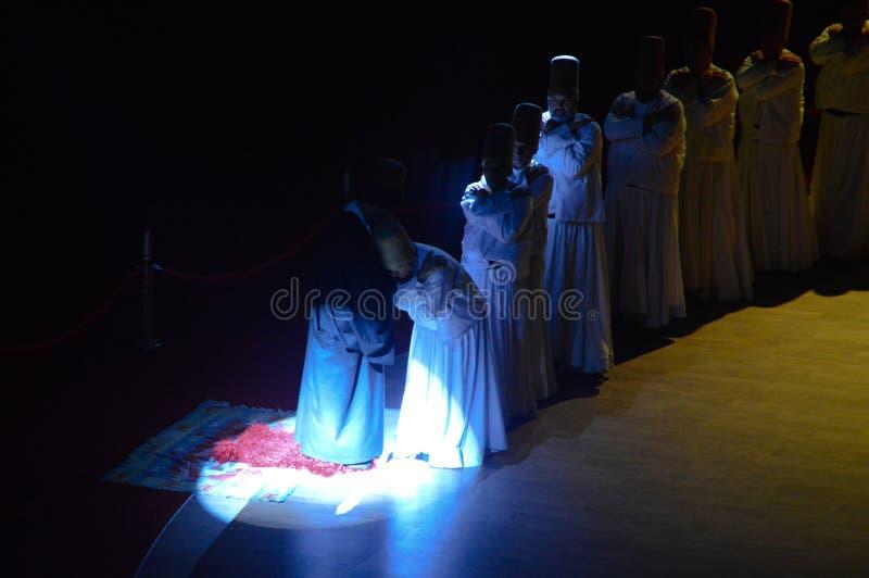 Mevlana-Derwische, die Zeremonie tanzen stockfotos