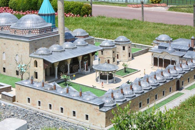 Mevlanagraf in het model en de toeristen van Konya royalty-vrije stock foto