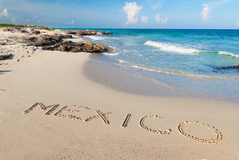 Mexicaans strand van Caraïbische Zee