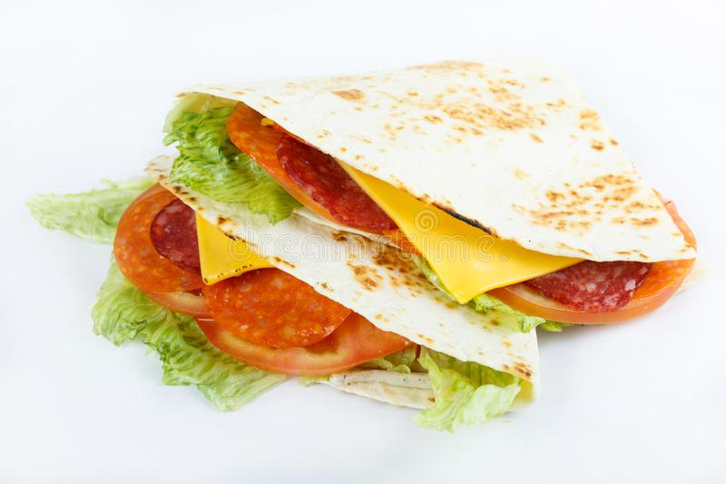 Mexicaans traditioneel voedsel - quesadillias sluiten omhoog de hoogste foto van het meningsmenu royalty-vrije stock afbeelding
