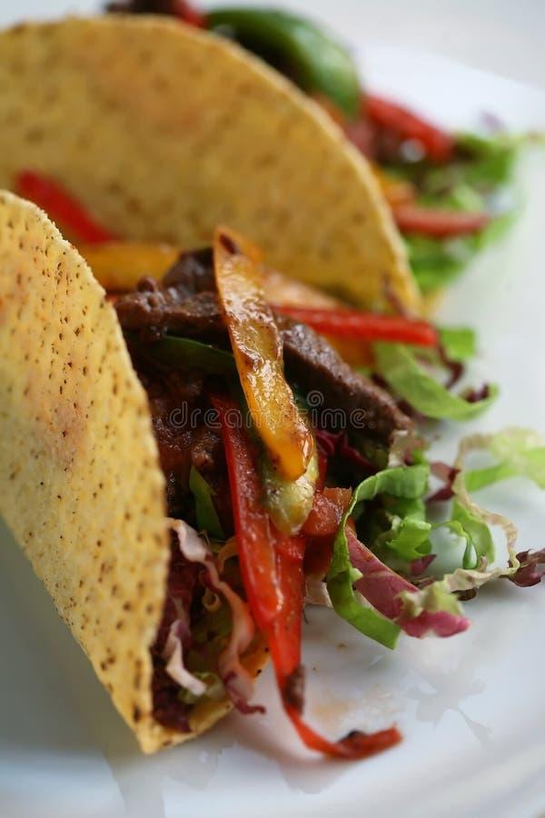 Mexicaanse tacoclose-up royalty-vrije stock afbeeldingen
