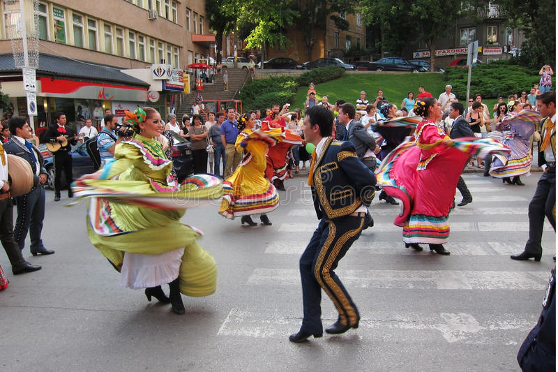 Download Mexican folk dancers editorial image. Image of beautiful - 23887720