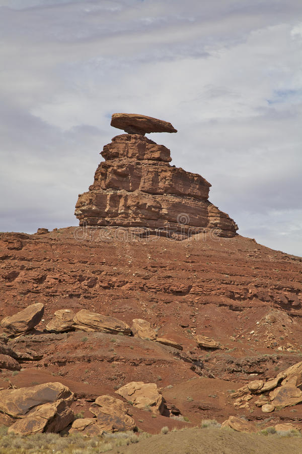 Download Mexican Hat Rock Utah stock photo. Image of scenic, nature - 25709648