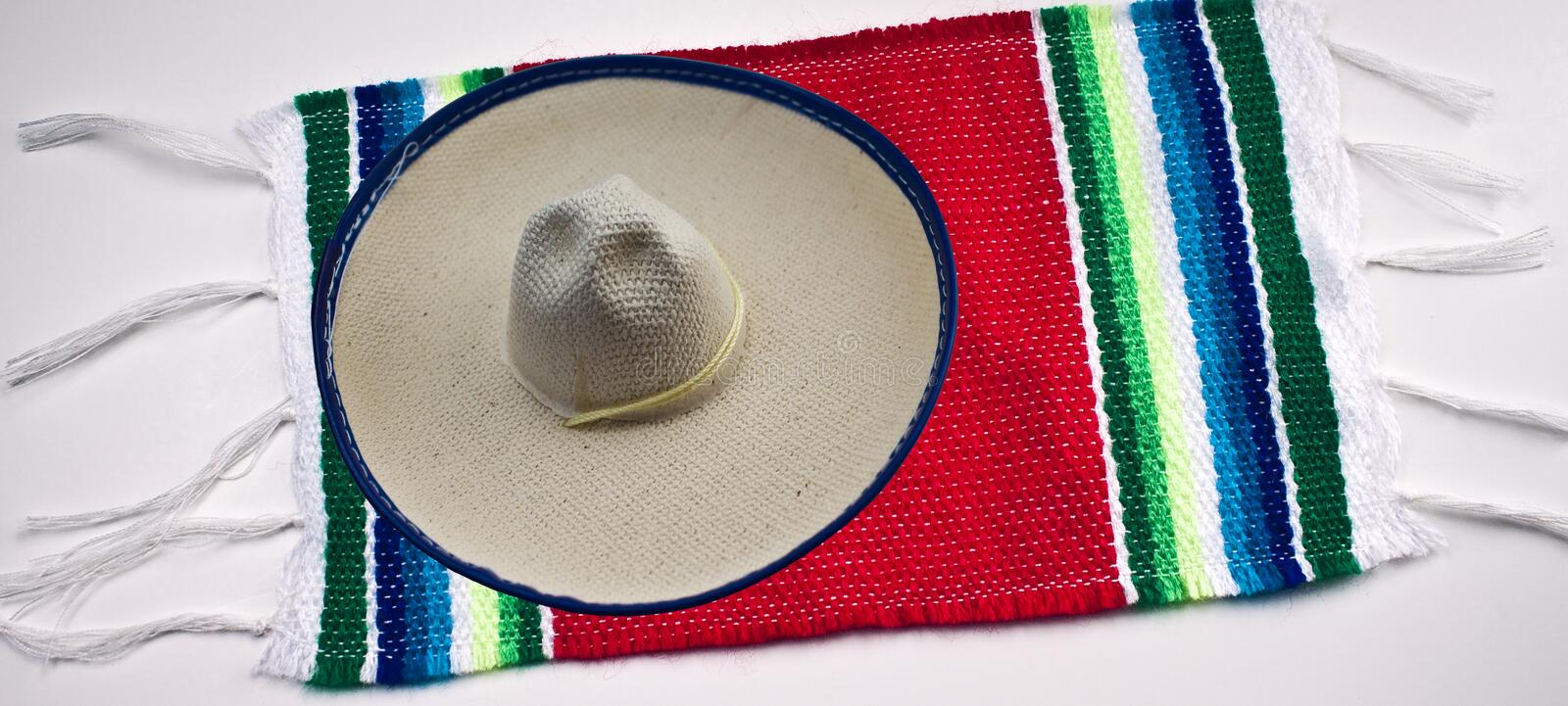 Download Mexican Sombrero And Blanket Stock Image - Image: 14375269