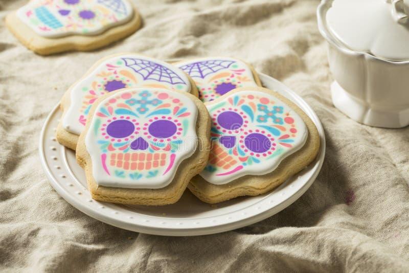 Mexicano caseiro Sugar Skull Cookies fotos de stock royalty free