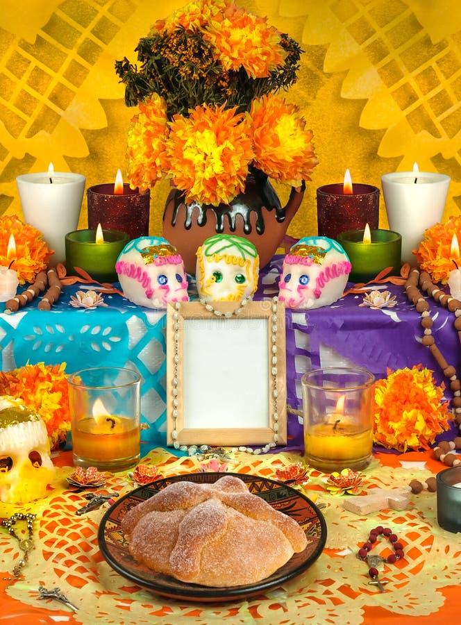 Mexicansk dag av det döda altaret Dia de Muertos royaltyfri bild