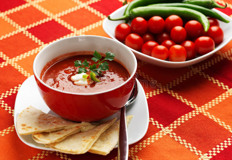Mexicansk mat - Gazpacho arkivfoto