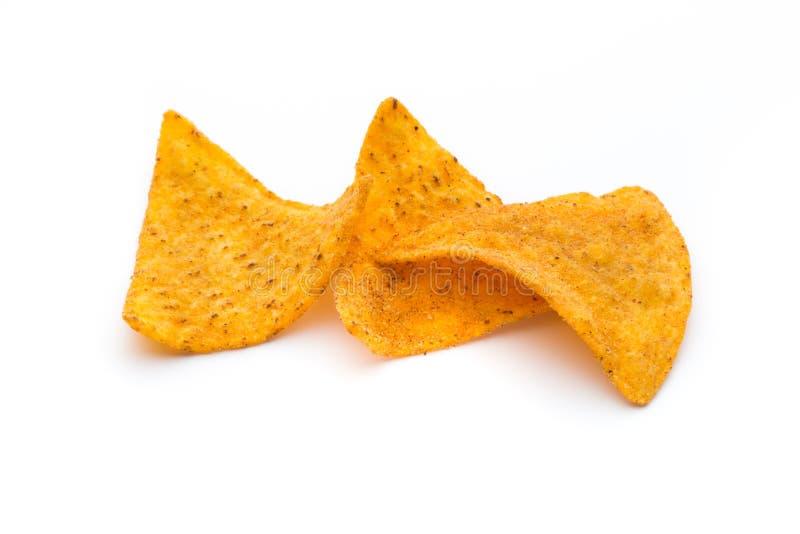 Mexicanska nachoschiper, på vit bakgrund fotografering för bildbyråer