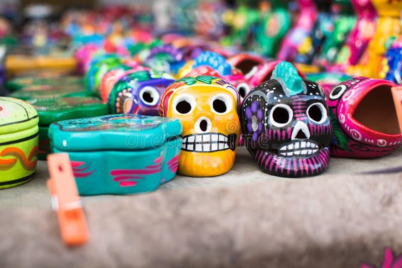 Mexicanska skalleleksaker fotografering för bildbyråer