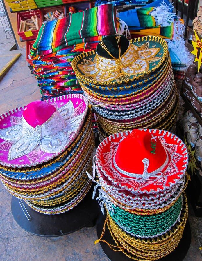 Mexicanska sombrero royaltyfria bilder