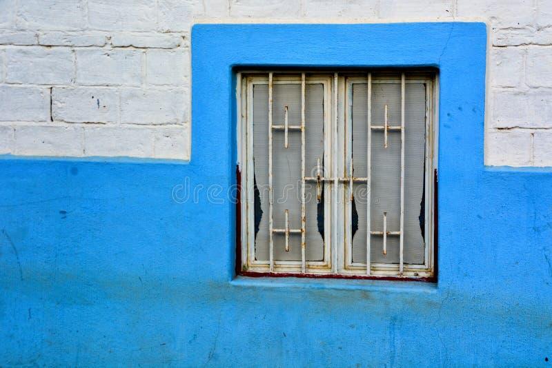 Mexicanskt fönster royaltyfria foton