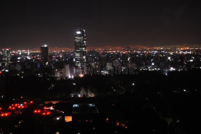 Mexico-City bij nacht stock afbeeldingen