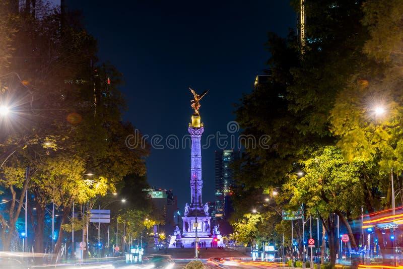 Mexico-City, Reforma-Weg, Nigh Scène royalty-vrije stock foto's