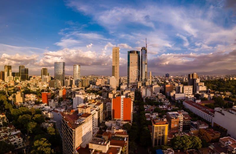 Mexico - stad - Ciudad de Mexico panorama- flyg- sikt arkivfoton