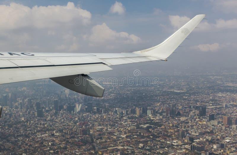 Mexico - stad, flyg- vision, landskap royaltyfri fotografi