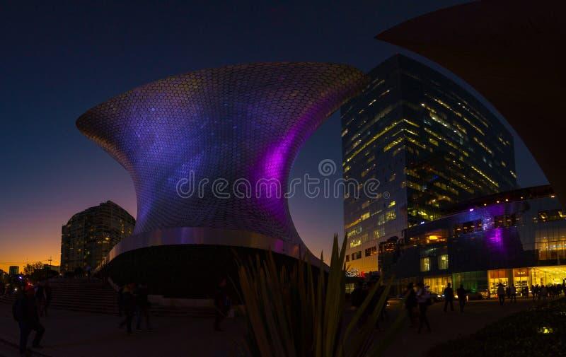 Mexico - stadspanoramagata CDMX arkivbilder