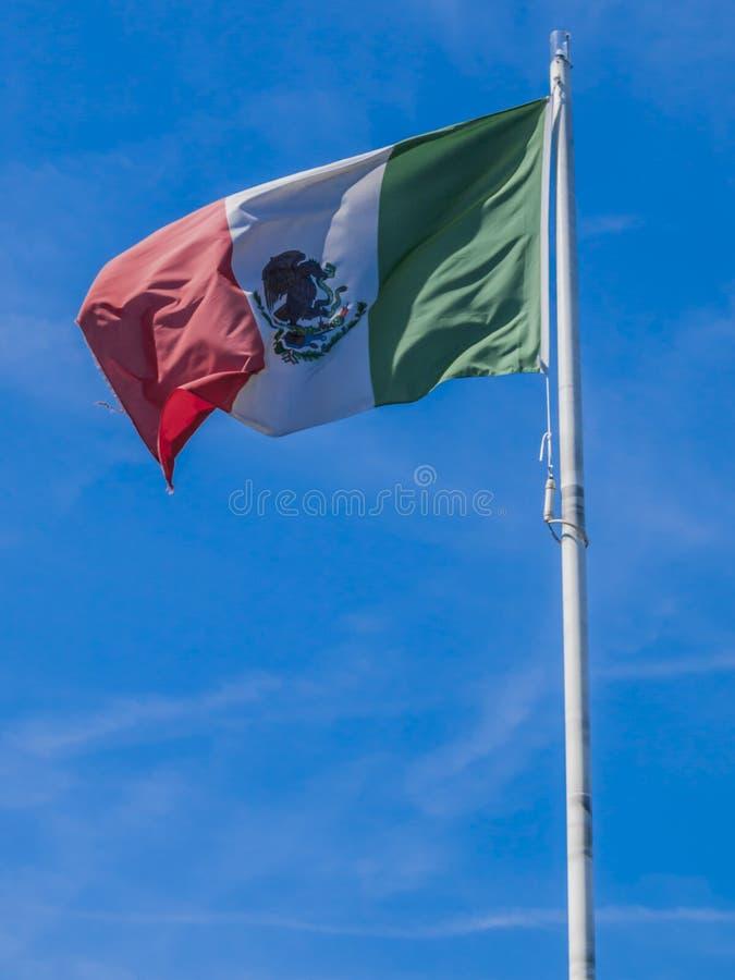 Mexikanische Flagge in der Stadt von Rotterdam stockbilder