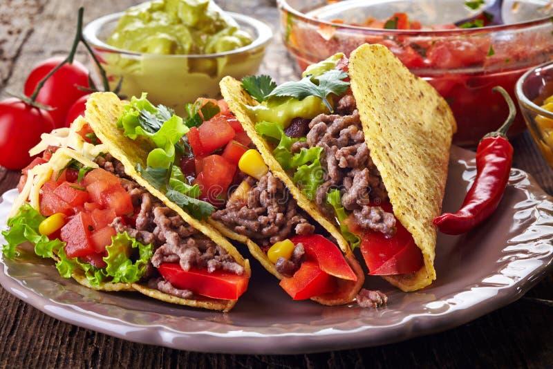 Mexikanische Lebensmittel Tacos stockfotos
