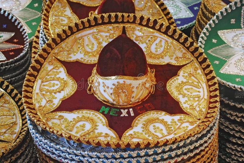Mexikanische traditionelle Hüte lizenzfreie stockfotos