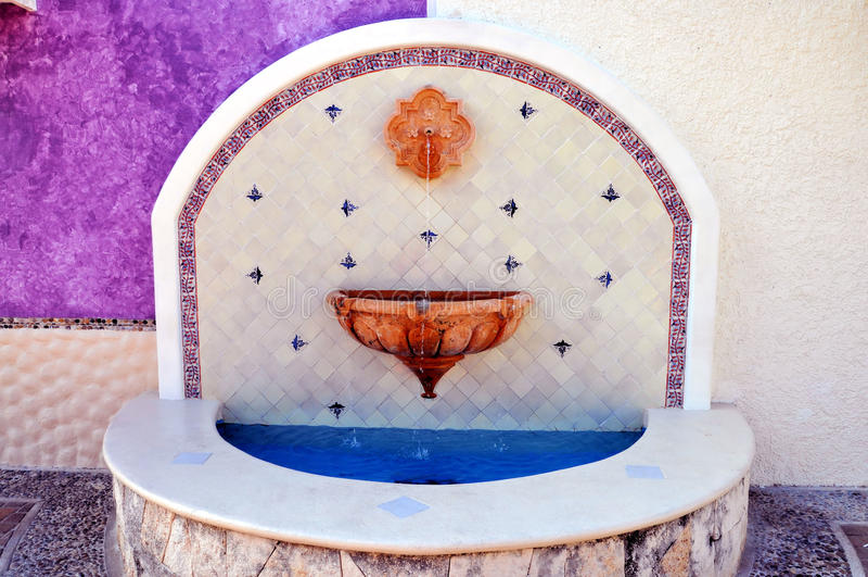 Mexikanischer Brunnen lizenzfreie stockfotos