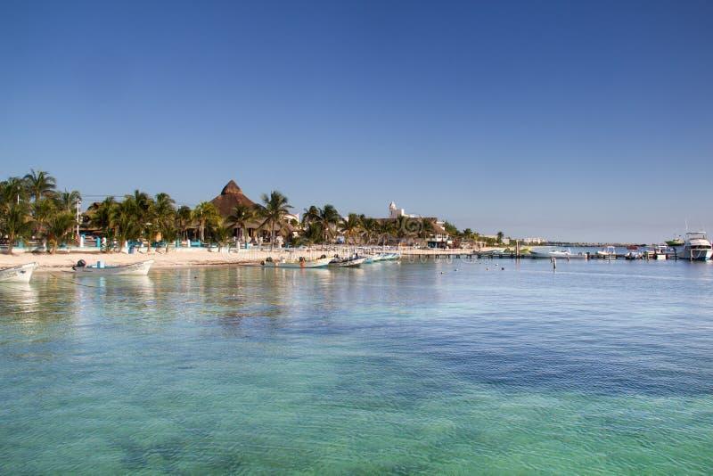 Mexikanischer karibischer Strand lizenzfreie stockbilder