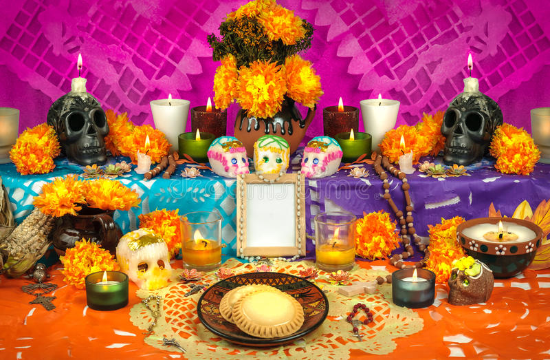 Mexikanischer Tag des toten Altars (Dia de Muertos) stockfotografie