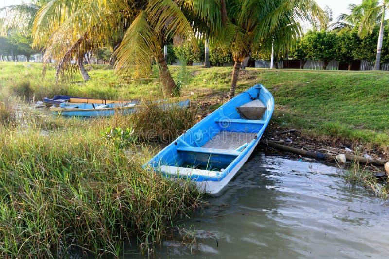 Mexikanisches Fischerboot lizenzfreies stockbild