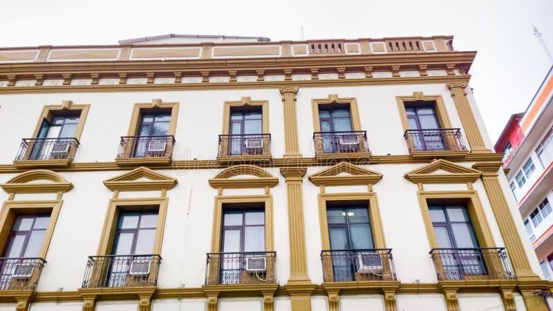 Mexikanisches Gebäude lizenzfreie stockfotos