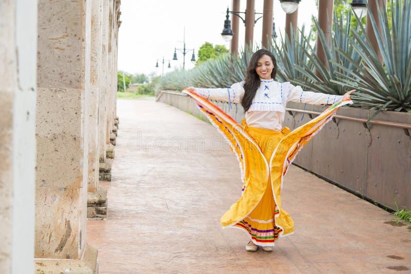 mexikansk kvinna royaltyfri bild