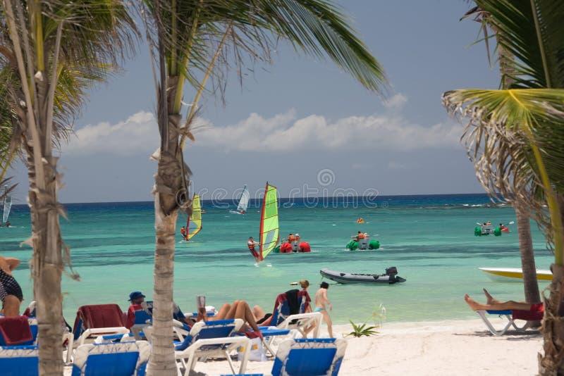 Mexiko auf Strand Activeleuten lizenzfreies stockbild