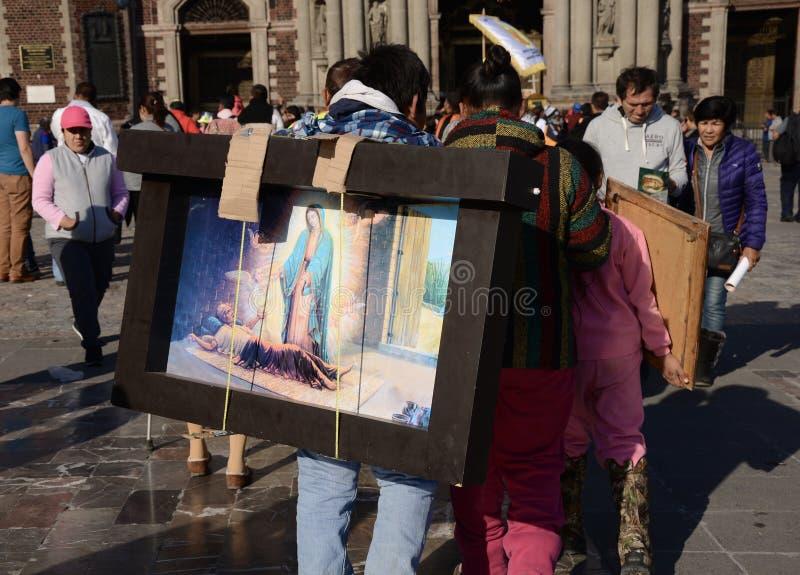 Mexiko City, Mexiko 10. Dezember 2017: Pilger bei Guadalupe Pilgrimage lizenzfreie stockbilder