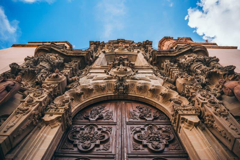 MEXIKO - 24. SEPTEMBER: Details des Eingangs von einem Guanajuato C stockfotografie
