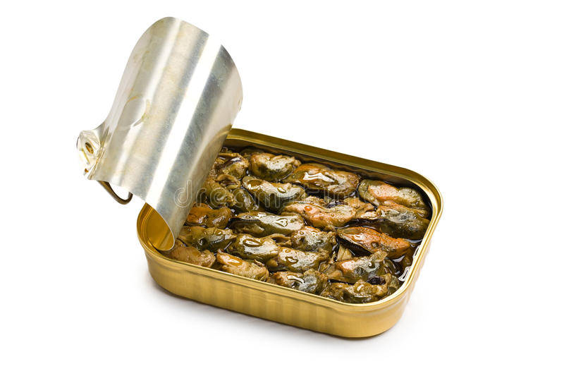 Mexilhões fumados na lata de estanho aberta fotografia de stock royalty free