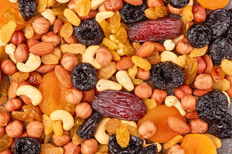 Mezcla de frutas y de tuercas secadas foto de archivo